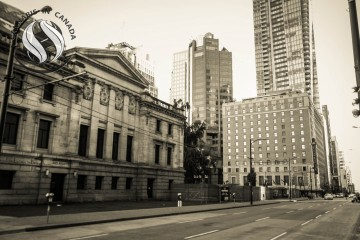 Vancouver Art Gallery early morning