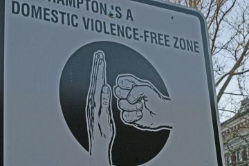 1024px-Domestic_violence_free-zone